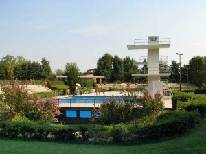 Transarent Pool